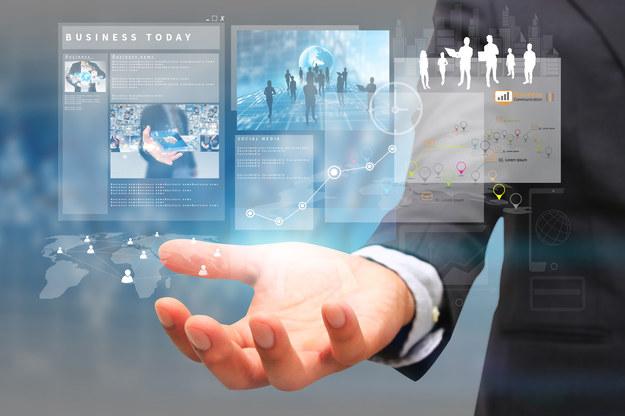 Firmy technologiczne wchodzą na rynek finansowy bocznymi drzwiami /123RF/PICSEL