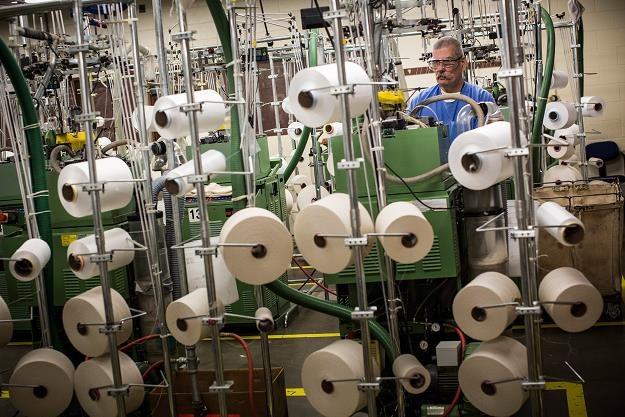 Firmy tekstylno-odzieżowe dostaną unijne wsparcie na innowacyjne projekty. Fot. Andrew Burton /Getty Images/Flash Press Media