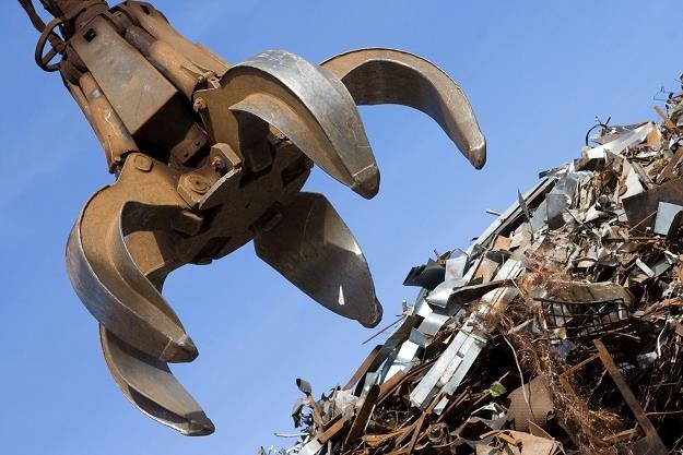 Firmy złomiarskie apelują o pozostawienie mechanizmu odwróconego VAT-u /©123RF/PICSEL
