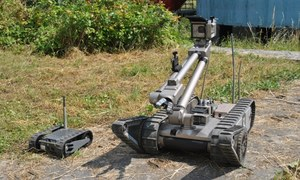 FirstLook i PackBot - sprawdzamy roboty militarne iRobot
