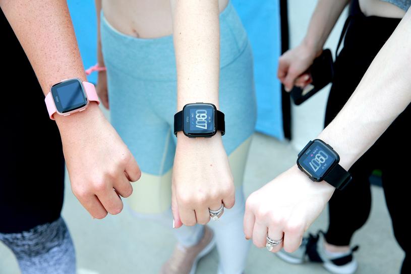 Fitbit posiada jedną z najbardziej zaawansowanych platform do śledzenia zdrowia /AFP