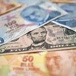 """Fitch obniżył rating dla Turcji do """"BB"""", perspektywa negatywna"""