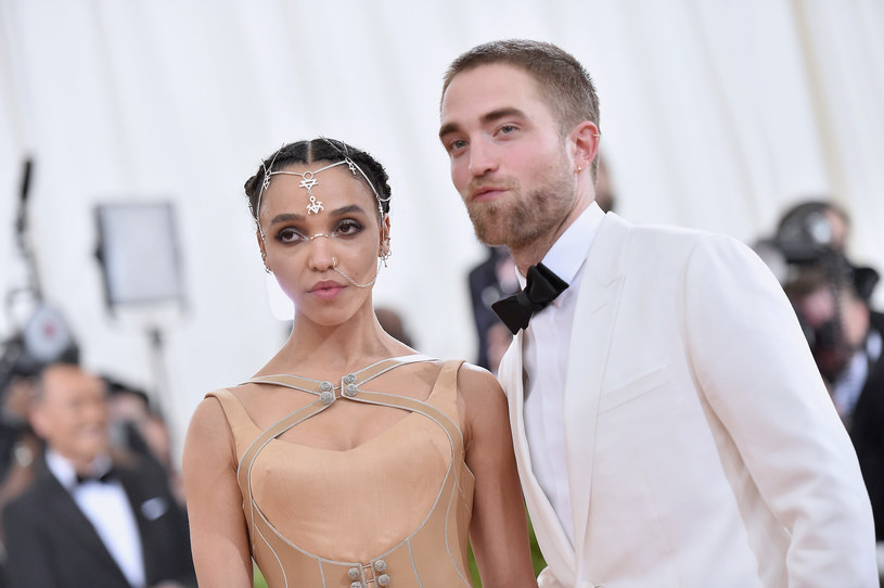 FKA Twigs i Robert Pattinson są zaręczeni od ponad roku /Mike Coppola /Getty Images