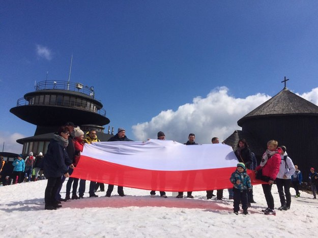 Flaga na Śnieżce /RMF FM