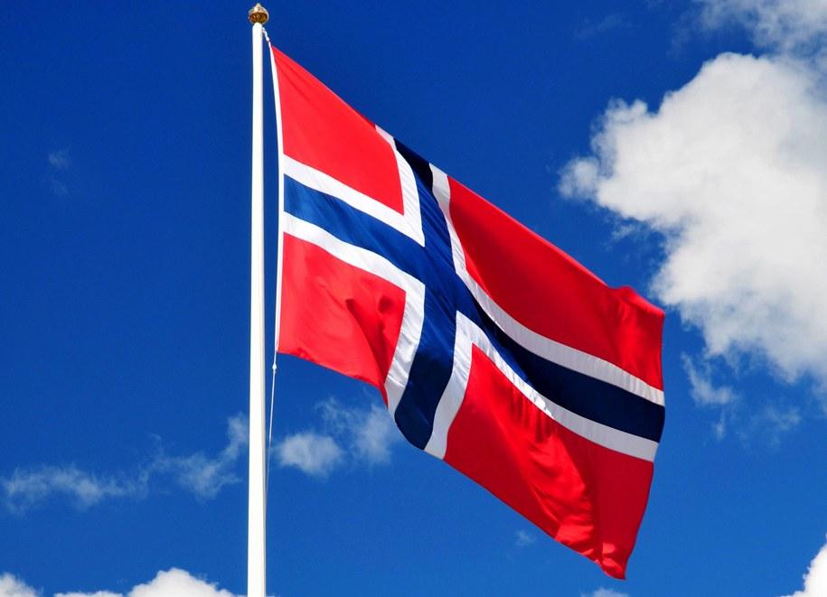 Flaga Norwegii /McPHOTOs    /PAP/DPA