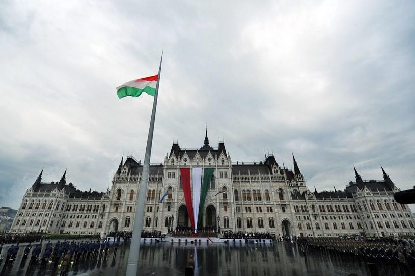 Flaga Węgier, zdj. ilustracyjne /Attila Kisbenedek /AFP