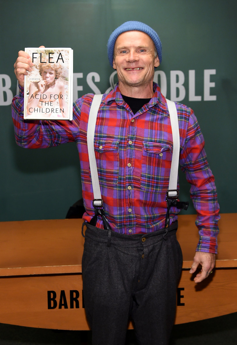 """Flea prezentuje swoją autobiografię """"Acid for the Children"""" /Jamie McCarthy /Getty Images"""