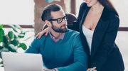 Flirt lekiem na stres w pracy?