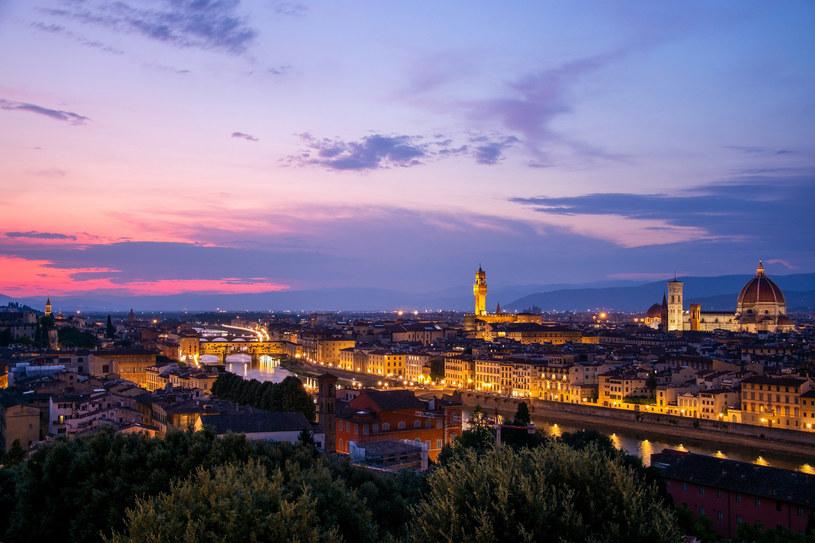 Florencja zabrania wieczornych spacerów /123RF/PICSEL
