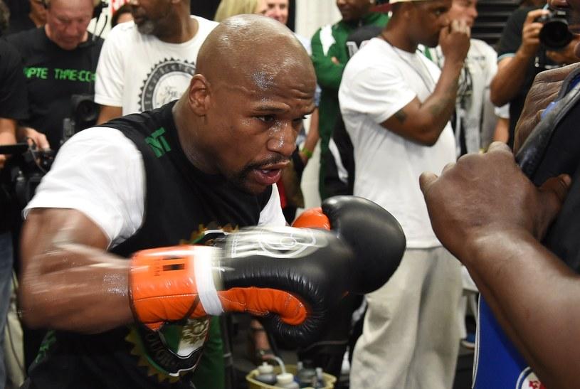 Floyd Mayweather Jr przygotowuje się do pojedynku z Manny. Pacquiao /AFP