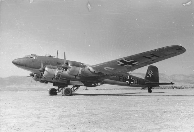 Focke-Wulf Fw-200 Condor - pasażerski samolot przystosowany do służby w Luftwaffe /Bundesarchive/Kranz/CC-BY-SA 3.0 /domena publiczna