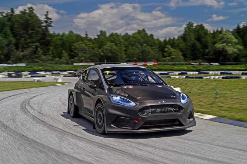 Ford Fiesta ERX /
