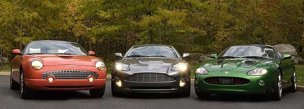 "Ford Thunderbird ""007"", Aston Martin V12 Vanquish i Jaguar XKR (kliknij) /INTERIA.PL"