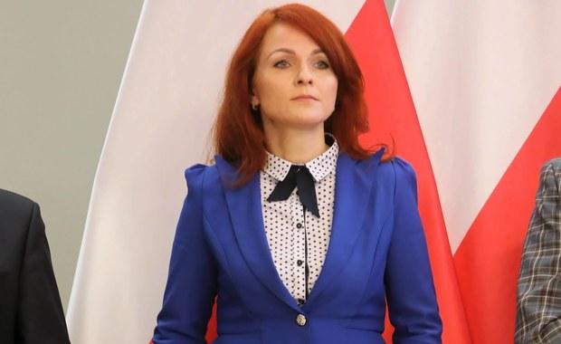 Fortel PiS. Zmiana terminu komisji ratuje szefową Kancelarii Sejmu