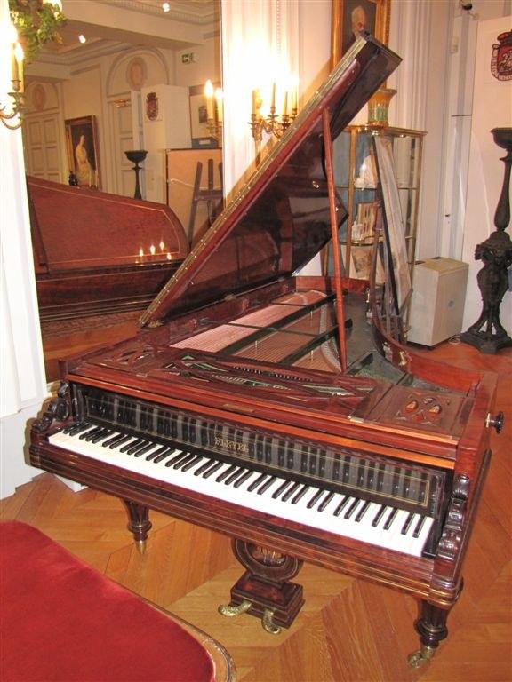 Fortepian z paryskiego mieszkania Chopina  /Marek Gładysz /RMF FM