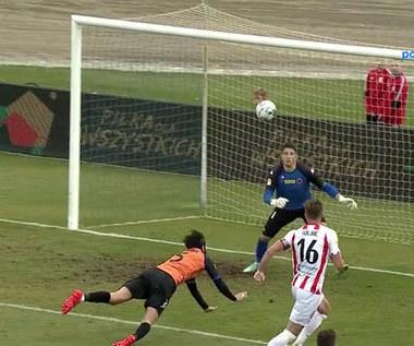 Fortuna 1 Liga. Mavroudis Bougaidis strzelił pięknego... samobója. WIDEO (Polsat Sport)