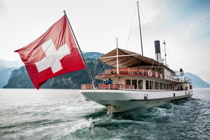 Fot. 2 Podróż parostatkiem do Lucerny. Copyright by: Switzerland Tourism - By-Line: swiss-image.ch/Alain Kalbermatten /materiały promocyjne