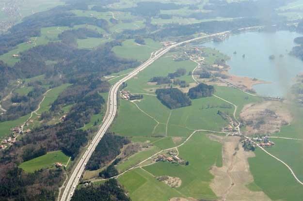Fot. Maximilian Dörrbecker. A8 w pobliżu jeziora Seehamer. Fot. /