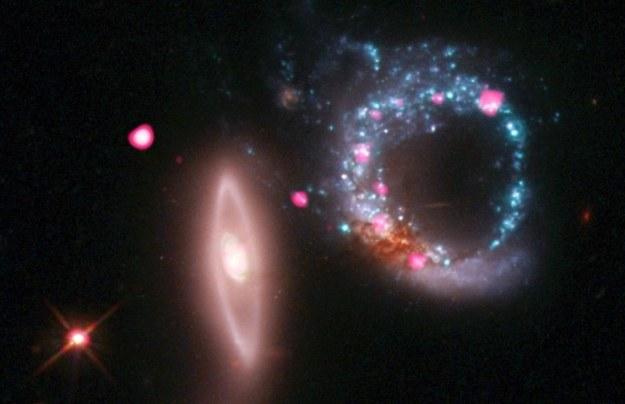 Fot. X-ray: NASA/CXC/MIT/S.Rappaport et al, Optical: NASA/STScI /NASA