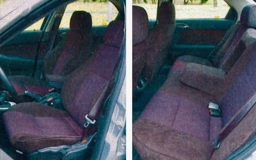 Fotele z dobrym trzymaniem bocznym to konieczność w niemal 200-konnej Alfie. Mogłyby być ciut twardsze. Osób siedzących z tyłu 156 nie rozpieszcza. Miejsca na nogi jest mniej niż u konkurentów. Warto pomyśleć o tapicerce w innym kolorze. /Motor