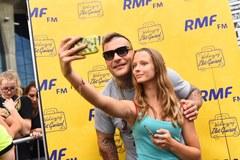 Fotka z Popkiem to świetna pamiątka z Wakacyjnego zlotu gwiazd RMF FM