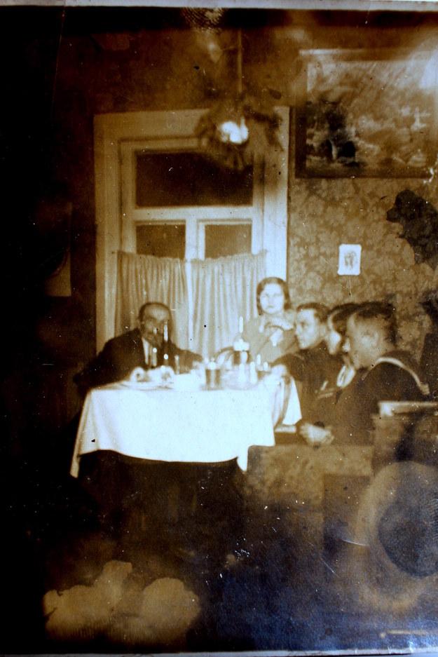 """""""Fotografia, którą opisuję została wykonana w 1927 lub 1928 roku"""" /Archiwum autora"""