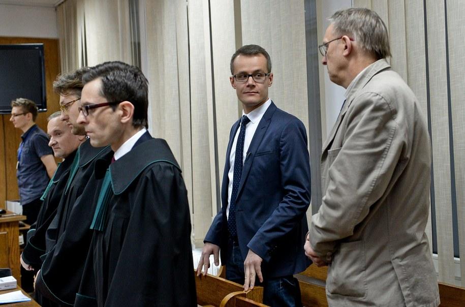 Fotoreporter PAP Tomasz Gzell (P), dziennikarz TV Republika Jan Pawlicki (2P) /Marcin Obara /PAP