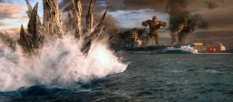"""Fotos z filmu """"Godzilla vs. Kong"""" /Capital Pictures /Agencja FORUM"""