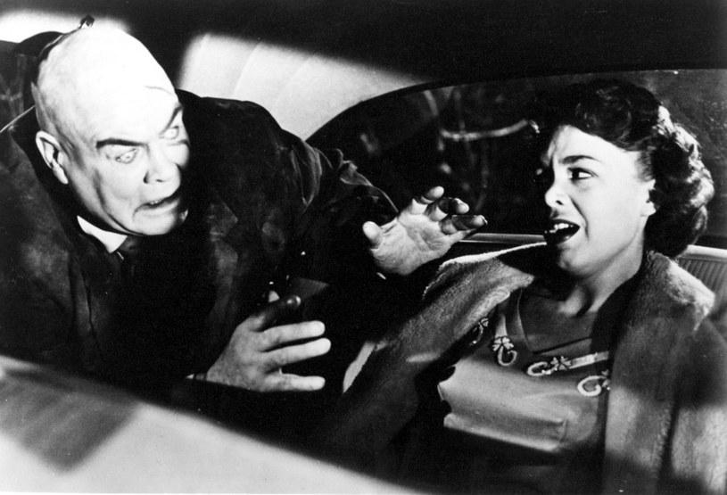 """Fotos z filmu """"Plan 9 z kosmosu"""" /Mary Evans Picture Library /East News"""