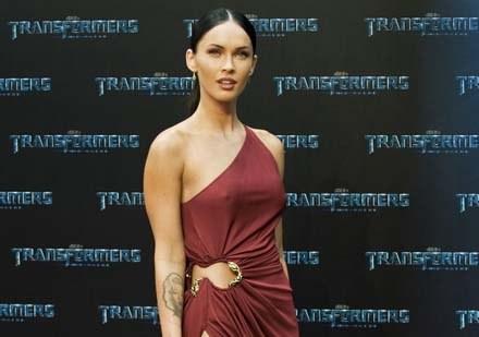 Fox nie chce wchodzić w paradę Angelinie Jolie /AFP