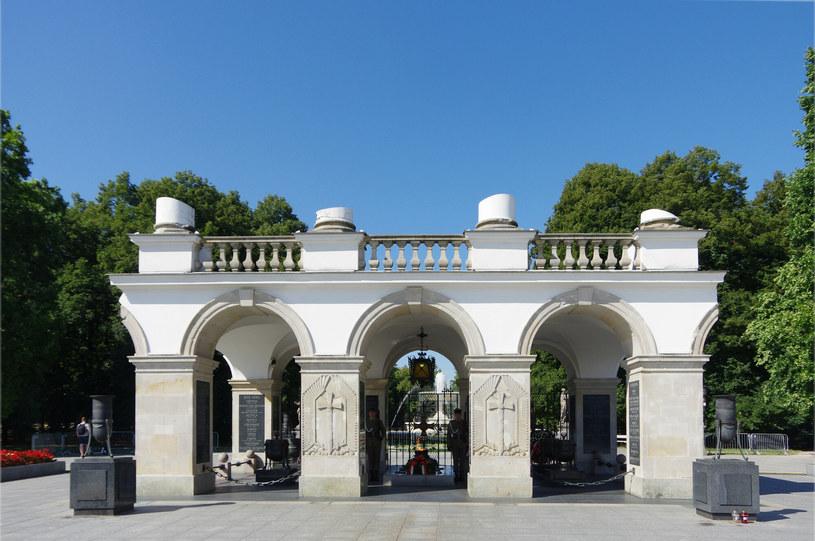 Fragment arkad kolumnady Pałacu Saskiego /Marek BAZAK/East News /East News