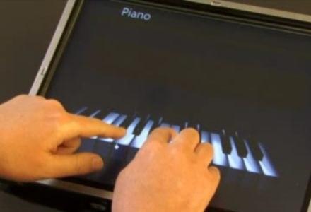 Fragment prezentacji z SoapBox. Tym razem gramy na pianinie. /materiały prasowe