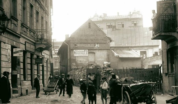 Fragment ulicy Meiselsa - jeden z malowniczych zaułków na Kazimierzu. /Wydawnictwo RM /INTERIA.PL