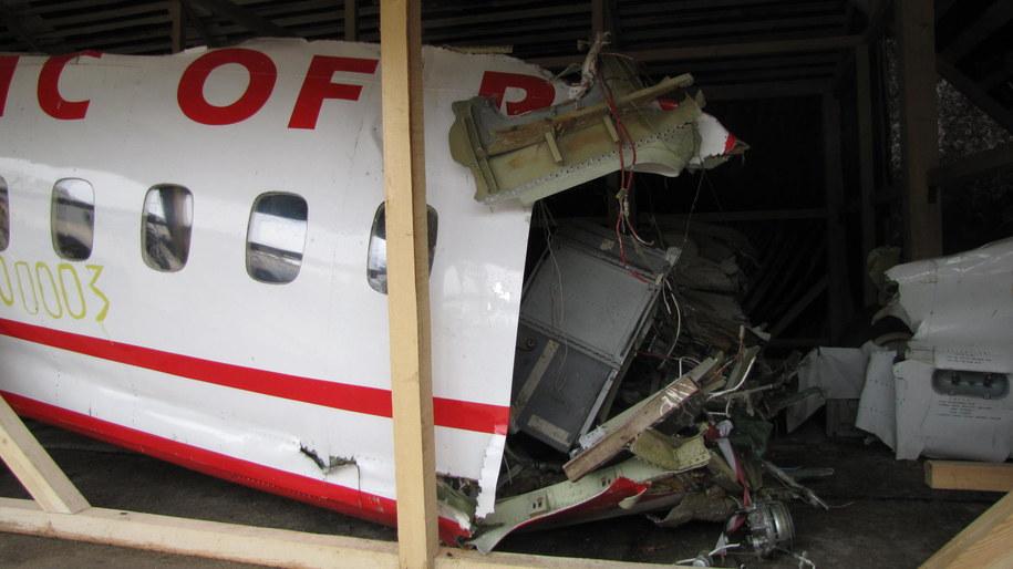 Fragment wraku tupolewa na lotnisku w Smoleńsku /Przemysław Marzec /RMF FM