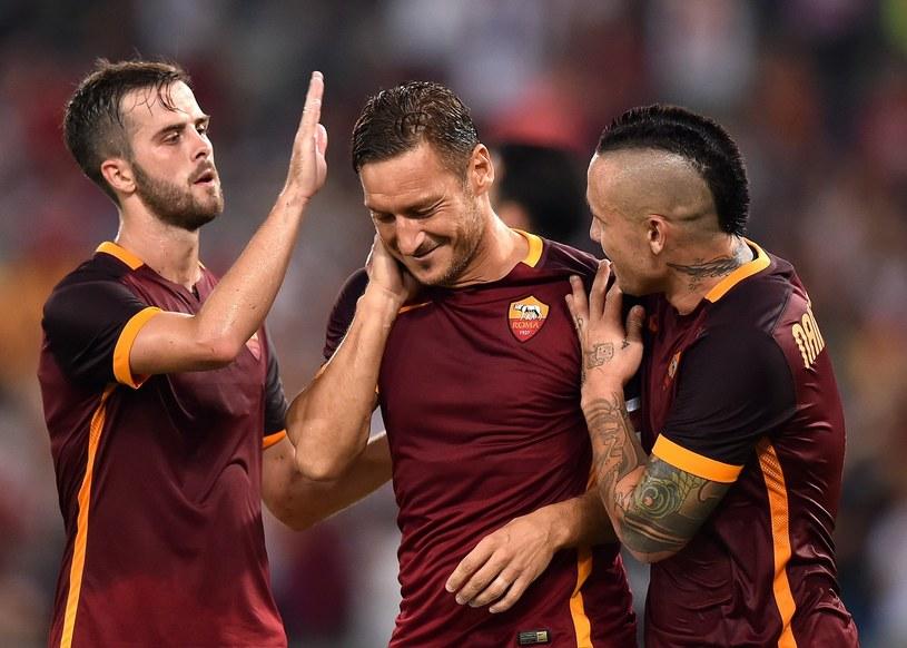 Francesco Totti (w środku) /AFP /AFP