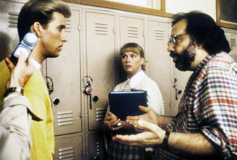 Francis Ford Coppola instruuje swojego bratanka Nicolasa Cage'a, który irytował swoim zachowaniem Kathleen Turner /Everett Collection Classic Cinema 2019 /East News