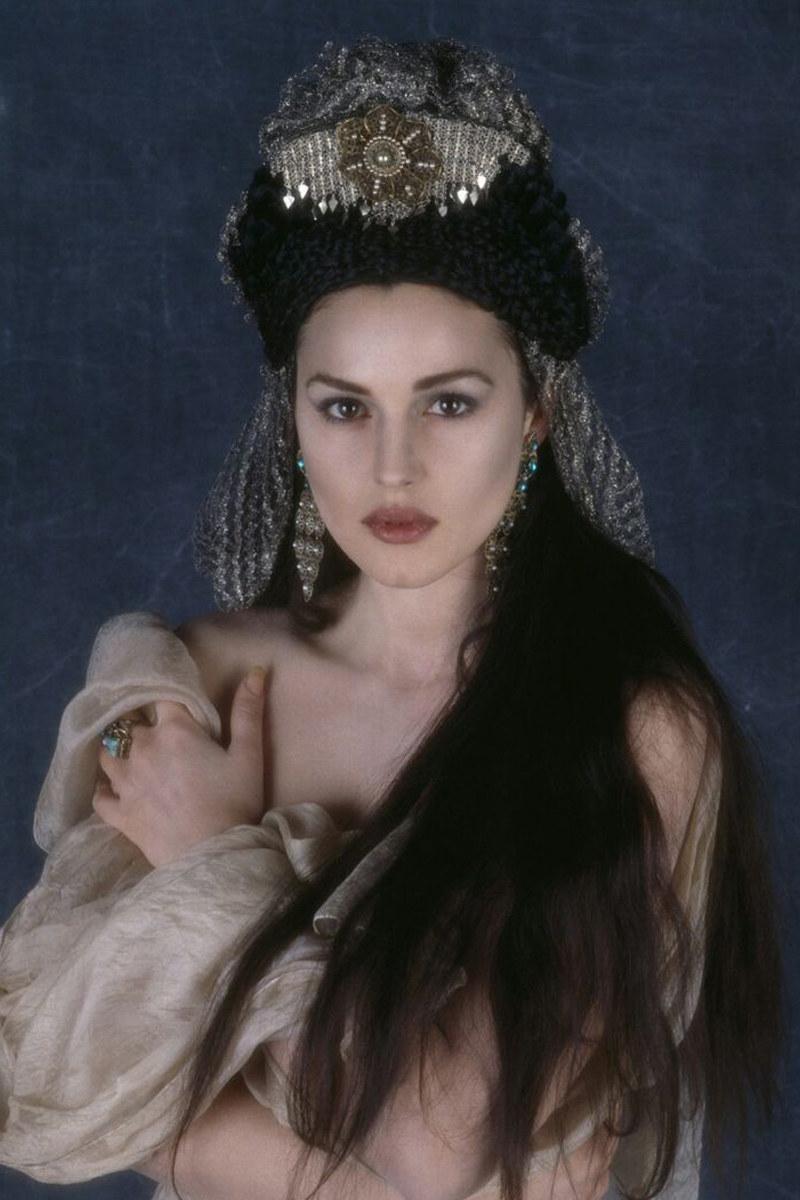 """Francis Ford Coppolla dał jej rolę w swoim """"Drakuli"""" tylko na podstawie zdjęć /materiały prasowe"""