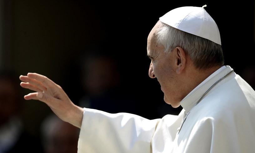 """Franciszek bezpośrednio uderzył w """"intelektualny styl"""" Kościoła. /AFP"""