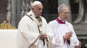Franciszek: Kapłani muszą brudzić sobie ręce, dotykając ran i grzechów ludzi