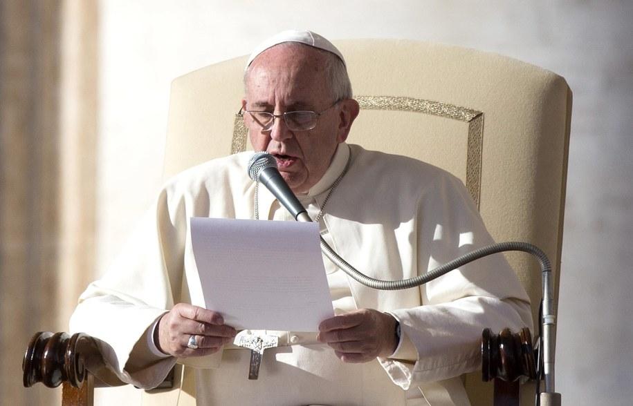 Franciszek nawołuje do przejrzystości w działalności finansowej Kościoła /CLAUDIO PERI /PAP/EPA