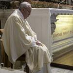 Franciszek: Problemy nie są przeszkodą na drodze świętości i szczęścia