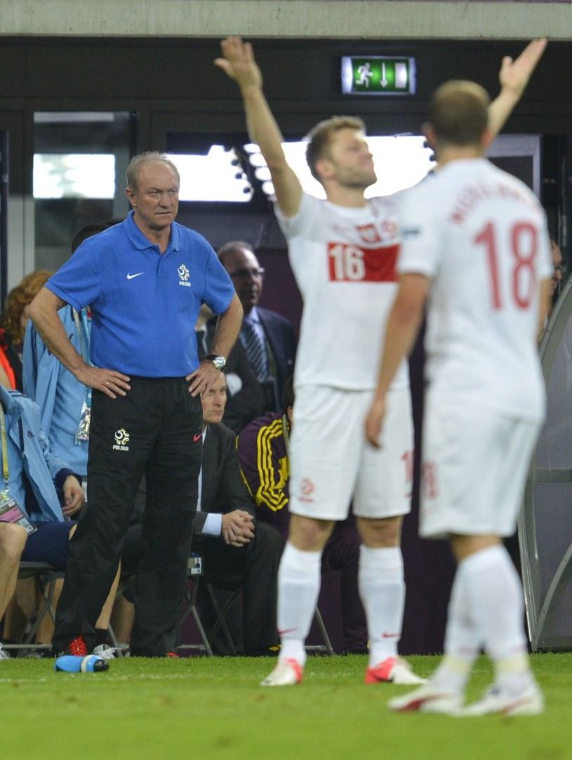 Franciszek Smuda i jego podopieczni Jakub Błaszczykowski i Adrian Mierzejewski podczas Euro 2012. /AFP