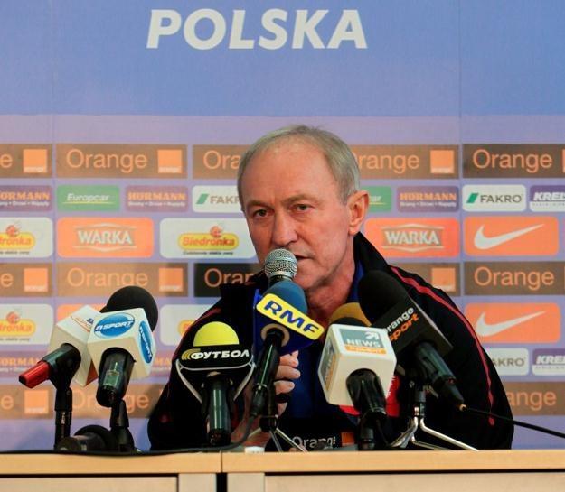 Franciszek Smuda jest ulubionym trenerem polskich kibiców /AFP