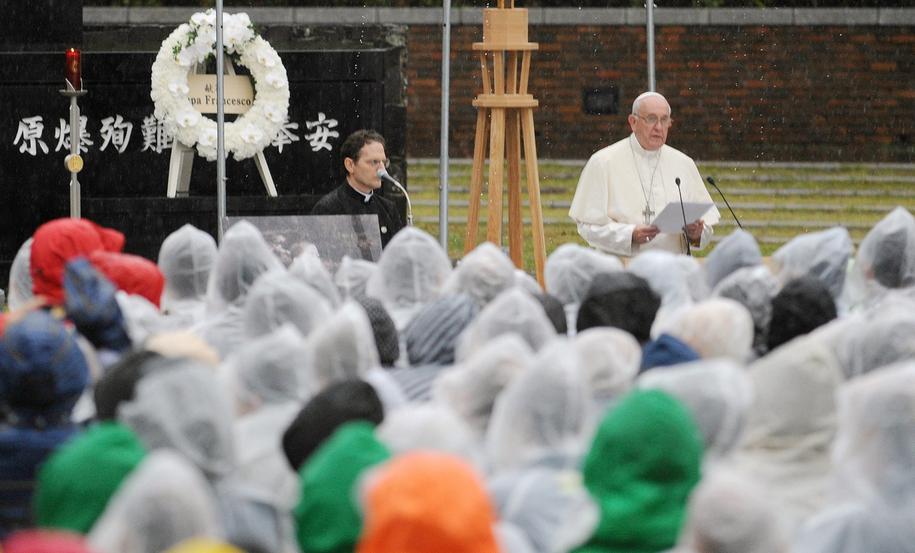 Franciszek z wizytą w Nagasaki /JIJI PRESS /PAP/EPA