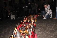 Franciszkańską rozświetliły setki zniczy