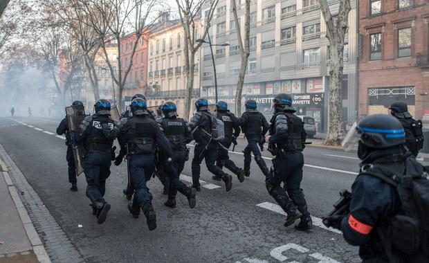 Francja: Apel o zakaz stosowania miotaczy gumowych pocisków