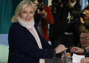 Francja: Front Narodowy zwycięża w wyborach regionalnych