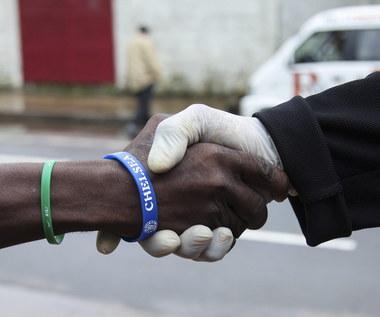 Francja przygotowuje się na możliwy atak wirusa Ebola
