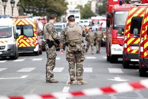 Francja: Rząd obiecuje skuteczniejsze wykrywanie radykalizacji w policji