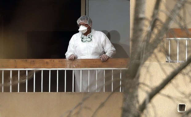 Francja: Z powodu koronawirusa w domu spokojnej starości zmarło 20 osób